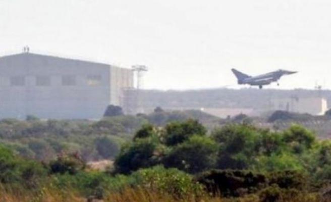Yangın döndürme uçakları Türkiye'nin baskısıyla İngiliz Ağrotur Üssü'ne konuşlandırılacak