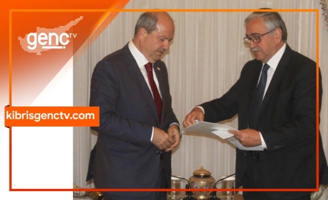 Başbakan Tatar, kabinedeki değişikliği Akıncı'ya sunuyor