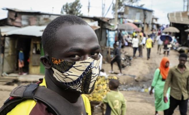 """DSÖ'den Afrika için COVID-19 sonrası """"aşırı yoksulluk"""" uyarısı"""