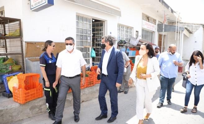 """Erhürman'dan Dikmen'e ziyaret: """"Hükumet ciddi değil"""""""