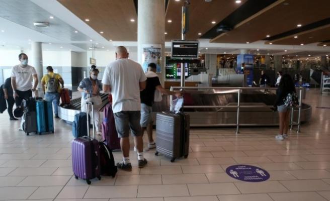Güneyde ilk uçuşlarda yer alan yolculardan şikayetler