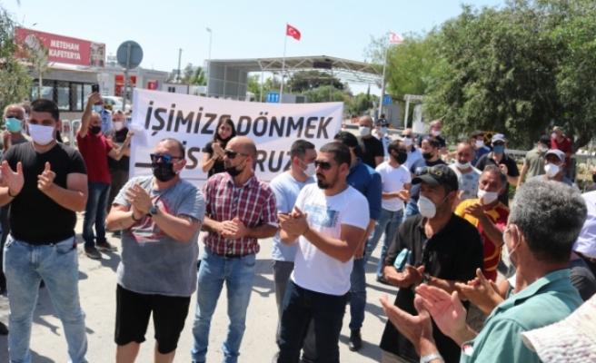 Güneyde işlerine gidemeyen Kıbrıslı Türkler normal ödenecek