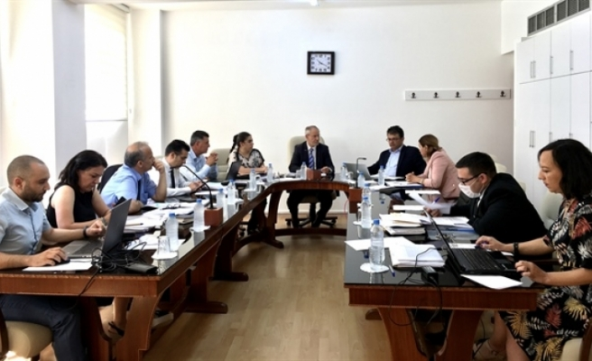 Komite, Bilişim Yasası'nı oylamaya başladı