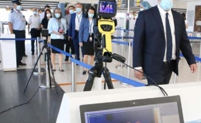 Larnaka Havaalanı dün faaliyete 2 vakayla başladı