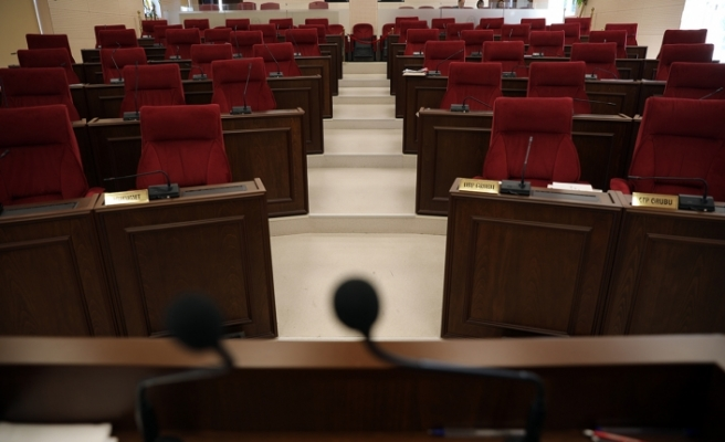 Meclis'te nisap yetersizliği