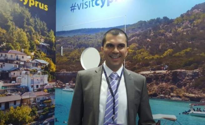 """Rum Turizm Müsteşarı: """"Tecritte tutulacak turistlere her gece eğlence"""""""
