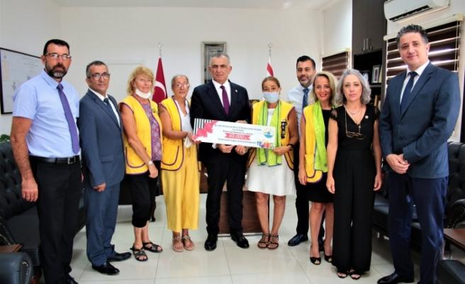 Çavuşoğlu, Alsancak Mare e Monte Lions Kulübü heyeti ile görüştü