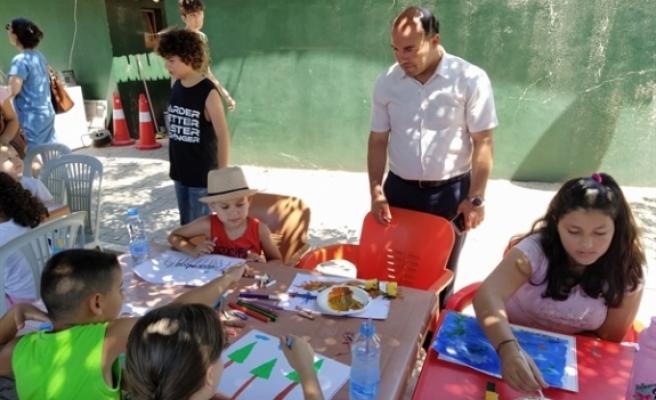 """""""Çocuk Sanat Atölyesi"""" etkinliklerinin ilki yapıldı"""