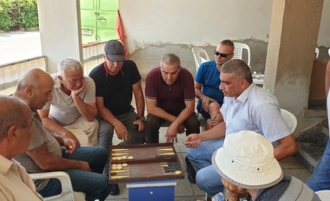 Demokrat Parti, Güzelyurt'ta tavla turnuvası düzenledi