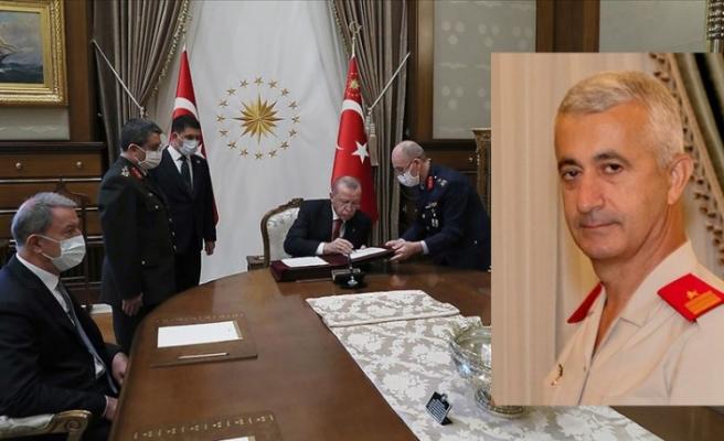 Eski GKK Komutanı Tevfik Algan, Tümgenaralliğe terfi etti