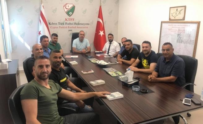 Futbolcular Derneği'nden KTFF'ye ziyaret
