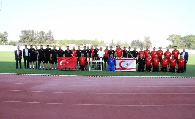 Meclis Futbol Takımı, KKTC Masterları ile 20 Temmuz anısına karşılaştı