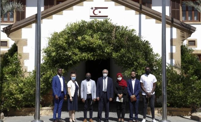 Akıncı, Uluslararası Öğrenci Birliği VAOIS'in Başkanı Achırı'yi kabul etti