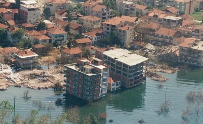 Gölcük depreminin üzerinden 21 yıl geçti...