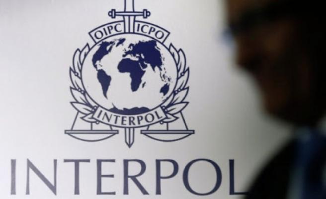 Interpol ve Europol tarafından aranan üç kişiden biri Güneyde yakalandı