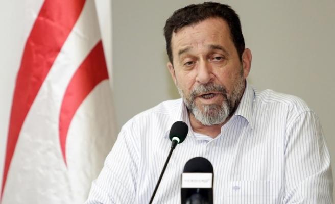 """Denktaş: """"UBP içerisinden de destek alıyorum"""""""