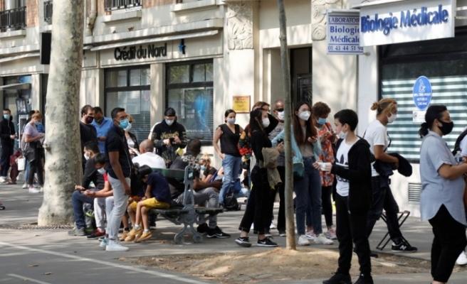 Fransa'da son 24 saatte 10 bin 561 yeni vaka tespit edildi