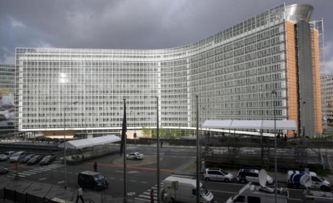 Avrupa Komisyonu'ndan Tatar'a acil ve verimli bir yolla diyaloğa başlama çağrısı