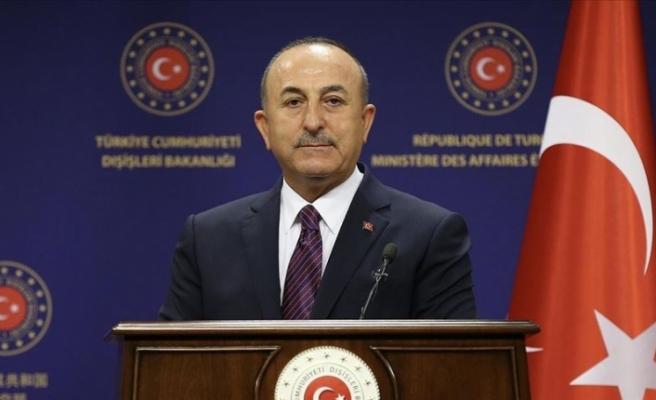 """Çavuşoğlu: """"Ermenistan doğrudan sivilleri hedef alıyor, bu esasen savaş suçudur"""""""