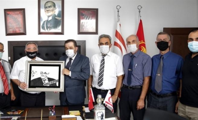 """Denktaş: """"Kıbrıs Türk halkının iradesine sahip çıkacağına güçlü şekilde inanıyorum"""""""