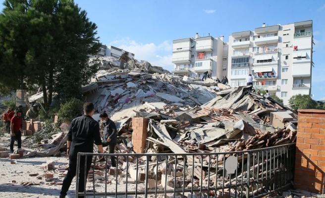 Deprem İstanbul ve Trakya'da da hissedildi
