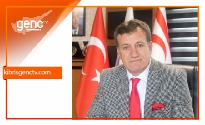 """Erhan Arıklı: """"Türkiye'yi seçim malzemesi yapmayın"""""""