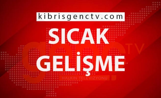 İzmir'de enkazdan 30 saat sonra yaralı olarak bir kişi çıkarıldı