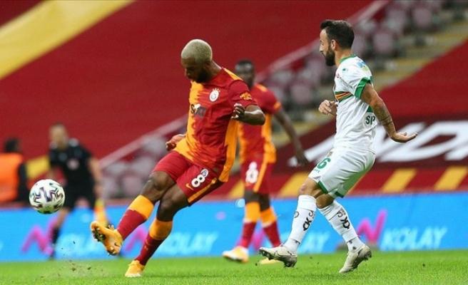 Lider Alanyaspor Galatasaray'dan 3 puanı uzatmada aldı