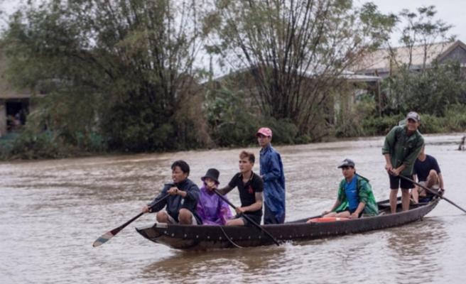 Vietnam'da aşırı yağışların yol açtığı afetlerde ölenlerin sayısı 105'e yükseldi