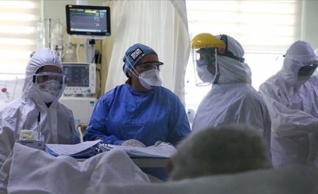 """ABD Bulaşıcı Hastalıklar Enstitüsü Direktörü Fauci: """"Gelecek haftalarda vakalarda artış olabilir"""""""