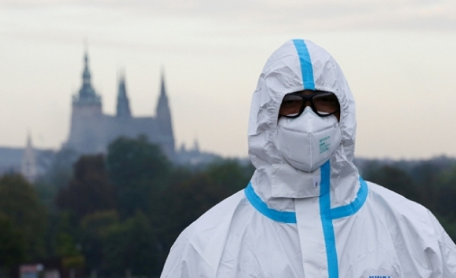 Dünya genelinde COVID-19 tespit edilen kişi sayısı 55 milyonu geçti