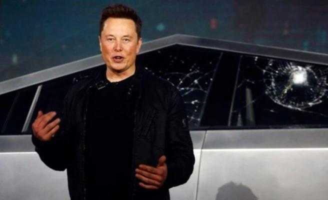 """Elon Musk'tan koronavirüs paylaşımı: """"Düzmece birtakım işler dönüyor"""""""
