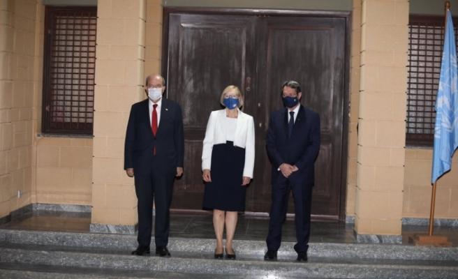 Gayrı resmi toplantıda liderler bir araya geldi