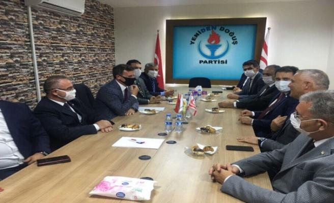 Hükümet kurma çalışmaları... UBP, YDP'yi ziyaret etti