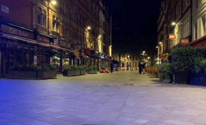 İngiltere'de temel ihtiyaçlar dışında 1 ay süreyle sokağa çıkma kısıtlaması getirildi