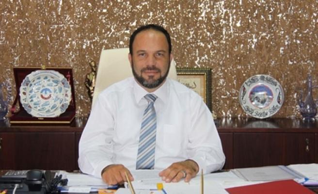 İskele Belediye Başkanı Hasan Sadıkoğlu peşkeş iddialarına yanıt verdi