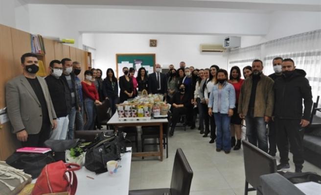 Karavezirler bölgedeki okulları ziyaret etti
