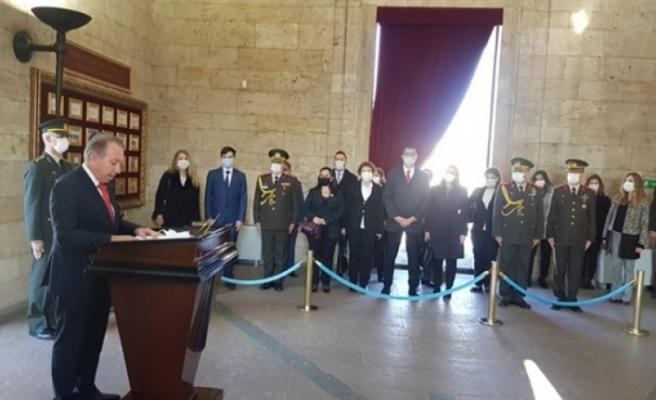 KKTC'nin Ankara Büyükelçiliği heyeti, Anıtkabir'i ziyaret etti