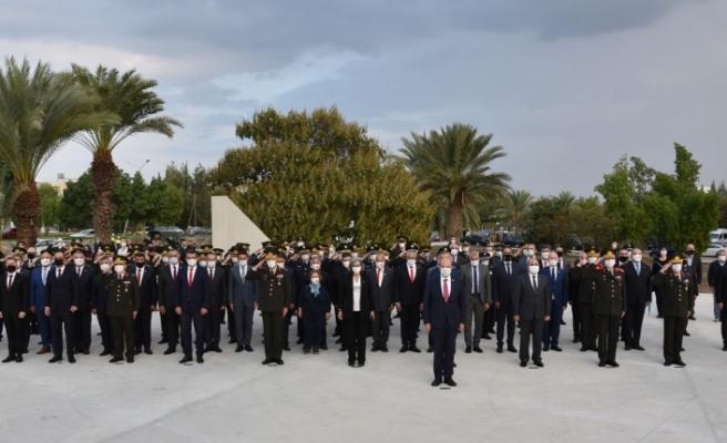 KKTC'nin 37'nci Kuruluş yıl dönümü… TMT Anıtı'nda tören düzenlendi