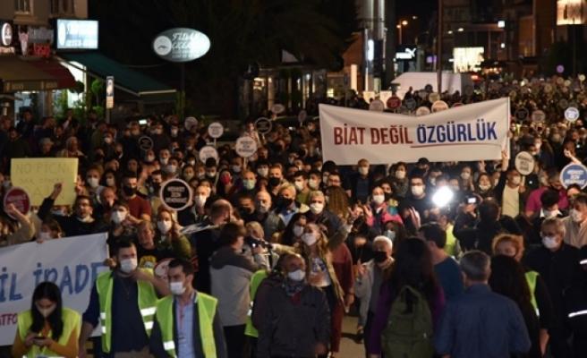 """Lefkoşa'da """"Demokrasi ve İrade Yürüyüşü"""""""