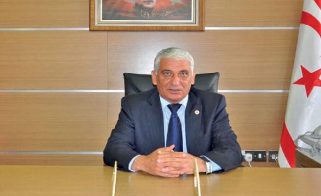 """Mahmut Özçınar: """"Devleti yücelterek, geçmişi de unutmadan yola devam etmek gerekir"""""""