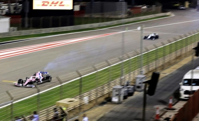 Olaylı Bahreyn Grand Prix'sini Hamilton kazandı
