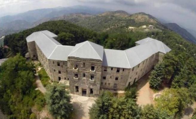"""Trodos'taki """"hayaletli otel""""e yıllar sonra alıcı"""