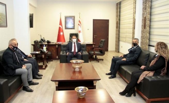 Başbakan, Daü Per Sen yönetimini kabul etti