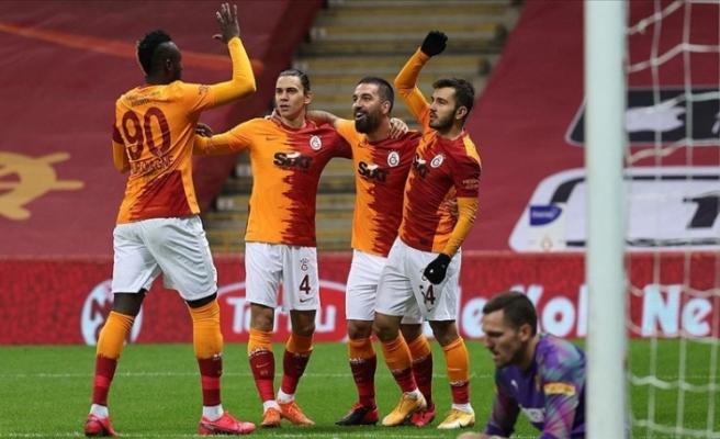 Galatasaray zirvenin ortağı oldu