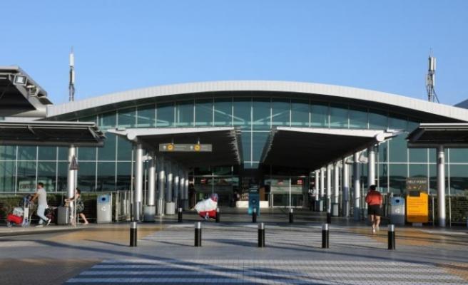 Güneyde İngiltere'den gelecek yolculara 14 gün karantina