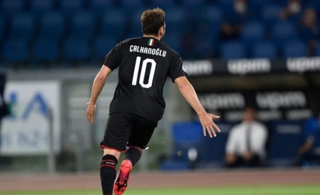 Hakan Çalhanoğlu yıldızlaştı Milan kazandı