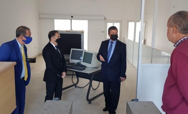 Limandaki bina Girne Paket Postanesi olarak hizmet verecek