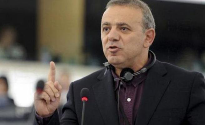 Rum AP Milletvekili, KKTC'de kiliselere zarar verildiğini iddia etti