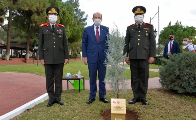 Tatar'dan Komutanlara ziyaret